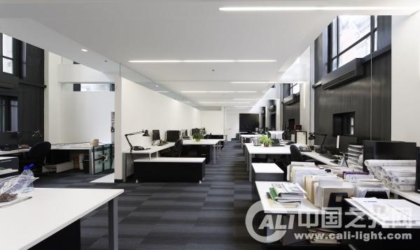 加拿大lemaymichaud建筑设计公司办公室照明设计
